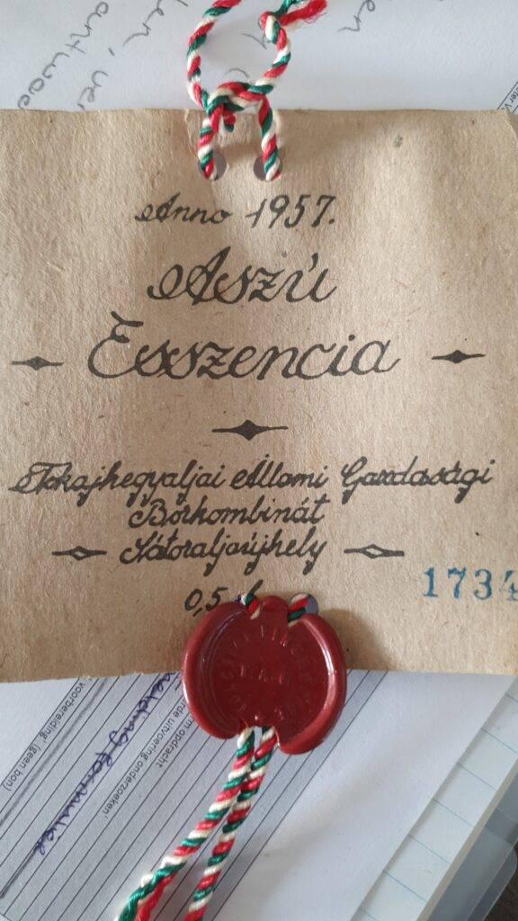 Aszu Eszencia label